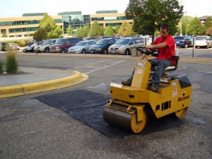 Skim Patch Asphalt Roller